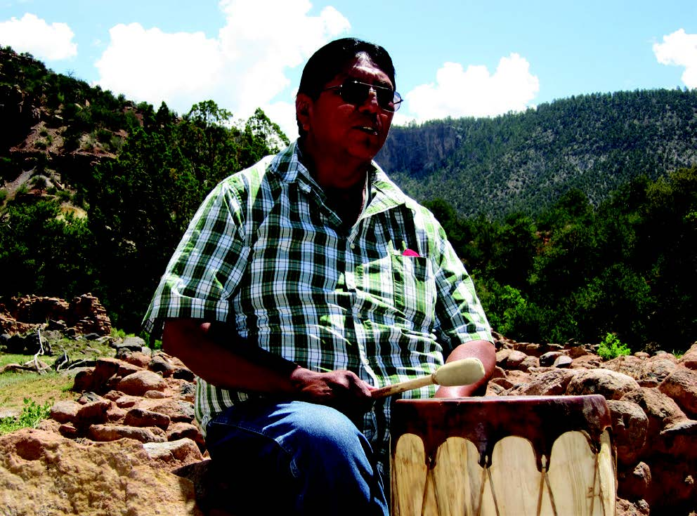 Lawrence Toya, elder in residence at Jemez Historic Site, 2014. Photo courtesy of Elise Peixotto.