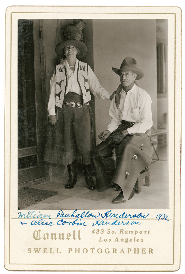 Poet Alice Corbin Henderson and her husband painter William Penhallow Henderson, Santa Fe, New Mexico, 1932. Photograph by Will Connell. Courtesy Palace of the Governors Photo Archives (NMHM/DCA), neg. no. 059757.