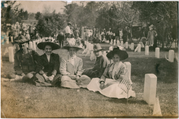 Group at the National Cemetery in Santa Fe, New Mexico, 1909. Courtesy Palace of the Governors Photo Archives (NMHM/DCA), neg. no. 005761.